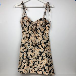 Réalisation Par Devon Flower Power Dress